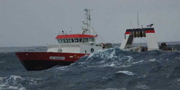 Chalutier Scapêche qui pratique la pêche de grand fond - Photo : Scapêche