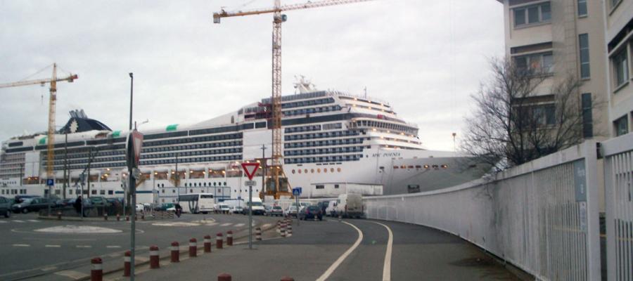 Les lundis de la mer – Le travail ouvrier dans la construction navale à Saint-Nazaire : sociologie d'une « aristocratie ouvrière »
